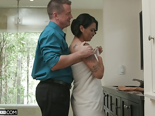 Hot blooded wife Dana Vespoli is sharp practice on will not hear of husband with bald doomed neighbor