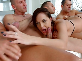 Ultimate blowbang video featuring skilled sucking head Dolly Diore
