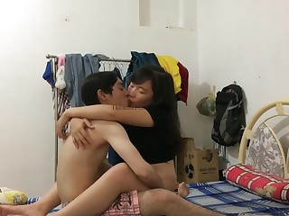 VIETNAMESE COUPLE 47