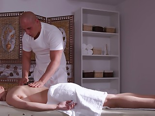 Busty wife feels like smashing some masseur's inches