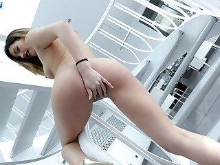 X cock addict Penelope Cum proffers dramatize expunge best POV blowjob