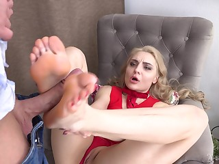 Footjob fun and hardcore pussy drilling with glum Caty Kiss