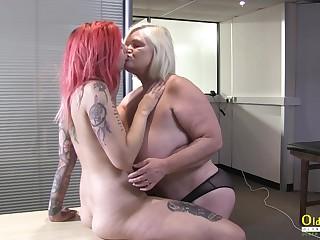OldNannY British Matured and Lesbian Striptease