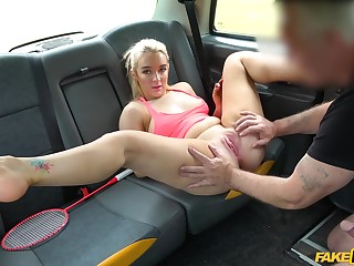 Sweet blonde spreads for hammer away taxi driver's merciless dong