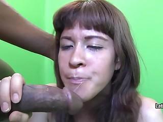 Amateur woman swallows cum