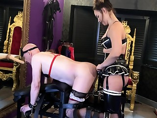Untrained femdom with strapon