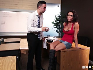 Fucking in the office ends with a drenched facial for Jessica Jaymes